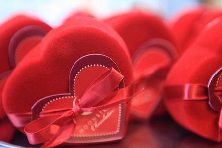 article-new_ehow_images_a05_41_jo_homemade-valentines-day-gifts-800x800